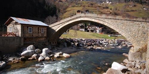 Köprüler Kenti Rize