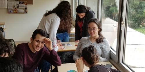 Liseli Öğrenciler STK'lara Yakından Bakıyor