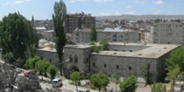 Anadolu Araştırmaları Seminer Programı Devam Ediyor