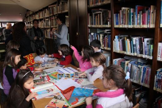 ÇEKÜL Evi, kütüphane