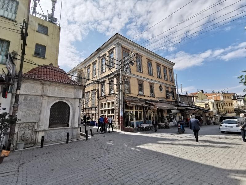 Tevfik Paşa Oteli ve Dönertaş