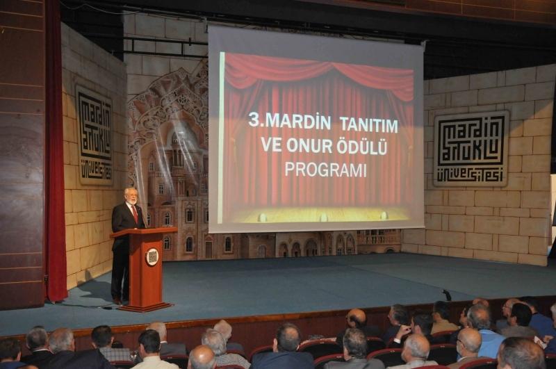 Prof. Dr. Metin Sözen'e Mardin'den Onur Ödülü