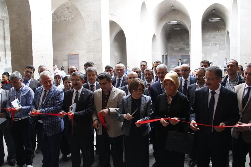 Tarihi kentlerin başkanları Kayseri'de buluştu