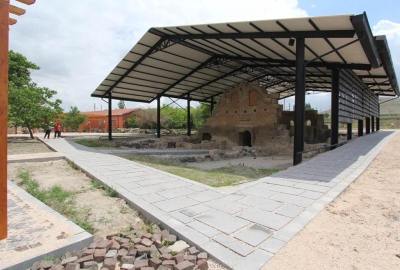 Andabalis, Eski Andaval Kilisesi