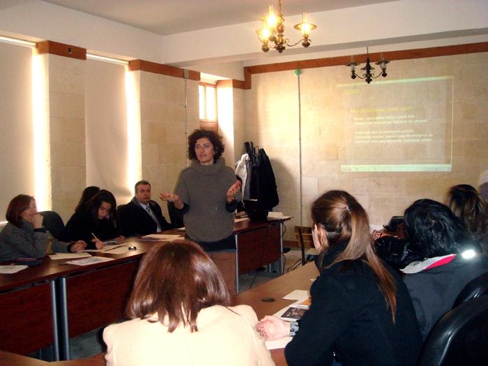 Kültürel miras eğitimleri gönüllü öğretmenlerle paylaşılıyor