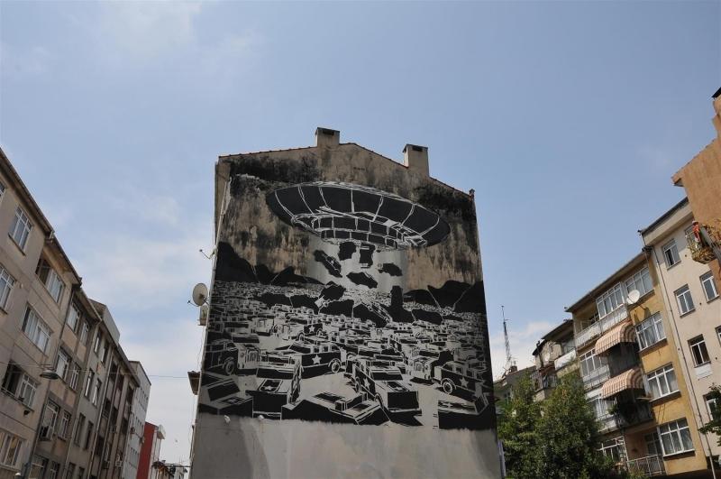 Sağır duvarlar sanat eserine dönüşüyor