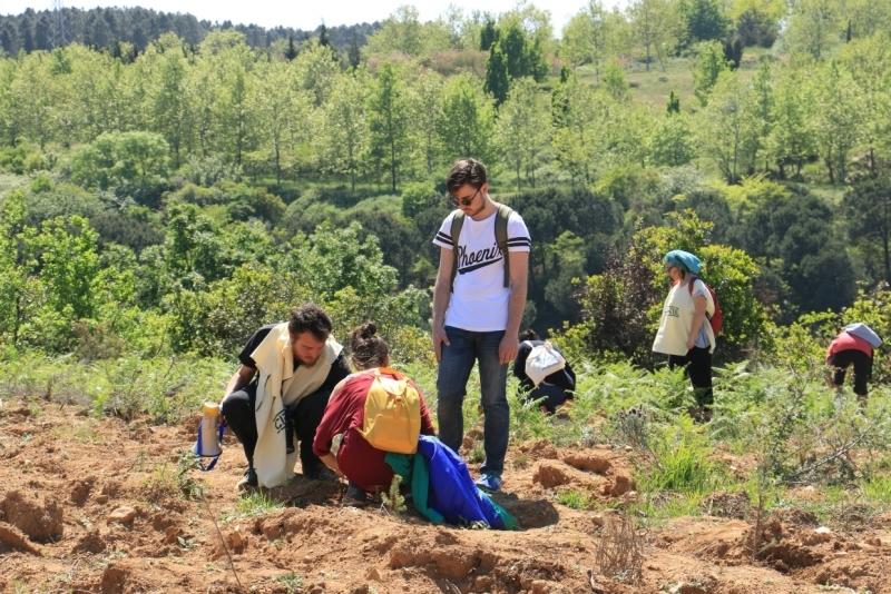 ÇEKÜL Vakfı ve doğa dostları 92 Ormanında baharı karşıladı