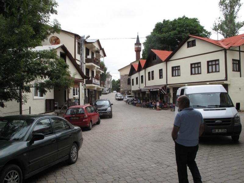 Tamzara Mahalle Meydanı