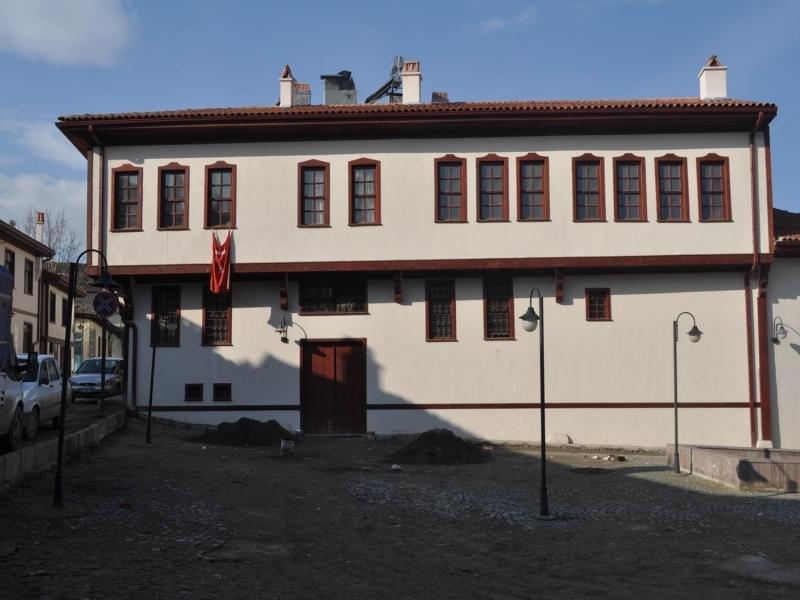 Üç yılda 96 tarihi yapı restore edildi